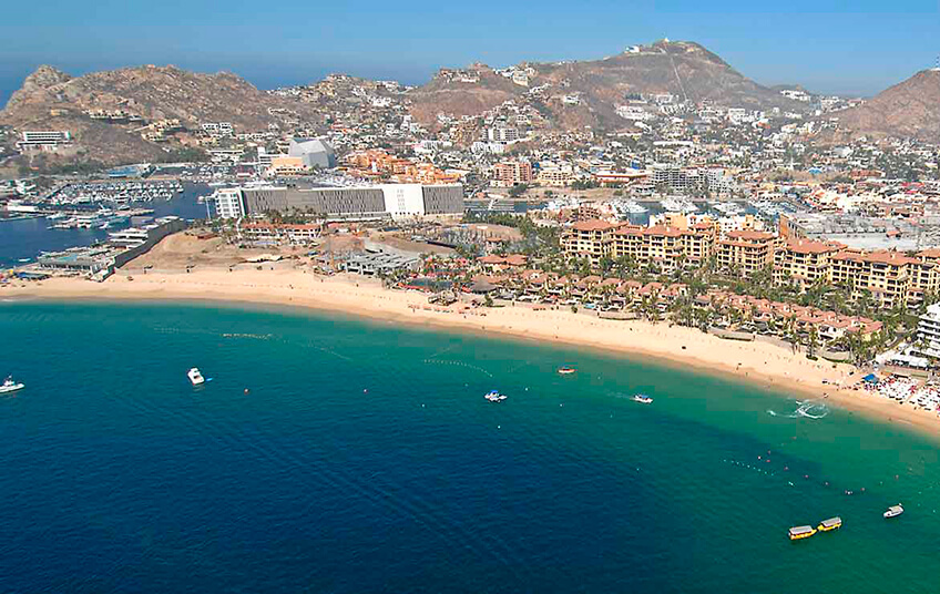 More last minute tourism & investment in Cabo